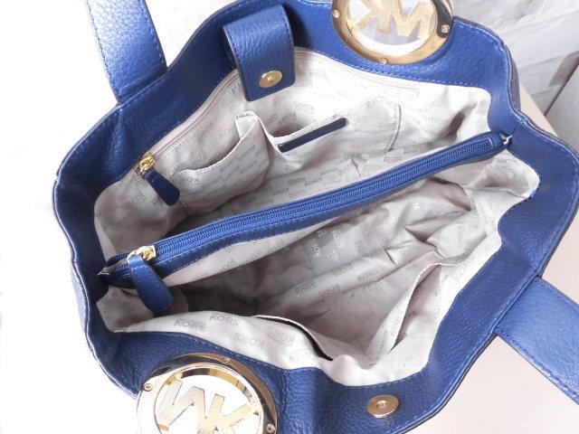 極美品(新品同様)■マイケルコース MICHAELKORS■ハンド バッグ A4可 レザー ネイビー 優秀鞄 ag9253_画像10