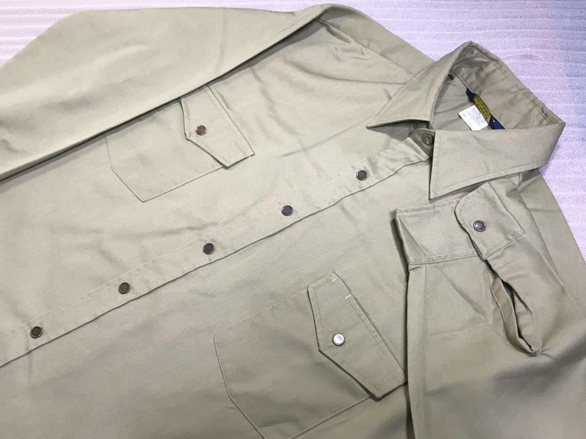 送料250円 超美品 USA製 OSHKOSH オシュコシュ カーキベージュ 長袖ワークシャツ 16 1/2 日本メンズ2L~3L位/大きいサイズ 1000円スタート_色デザイン素敵な長袖ワークシャツ