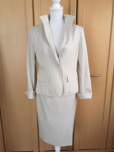モガ MOGA スカートスーツ ライトベージュ アイボリー 大きいサイズ 4_画像2