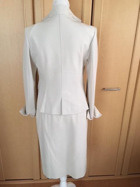 モガ MOGA スカートスーツ ライトベージュ アイボリー 大きいサイズ 4_画像3
