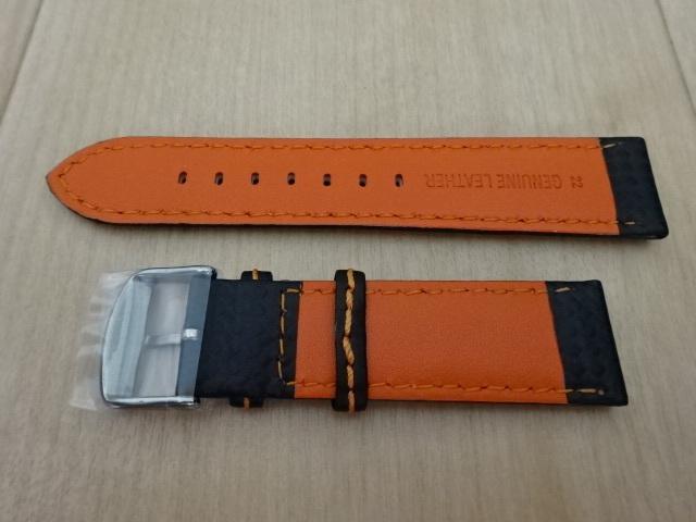 腕時計用ベルト カーボン柄ラバー 裏面レザー 22mm 黒/オレンジステッチ シルバーバックル バンド_画像2