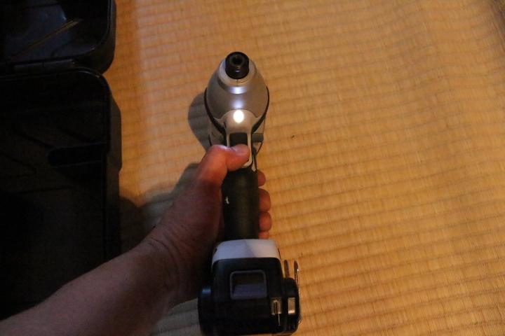 Panasonic充電インパクトドライバーEZ7544_画像4