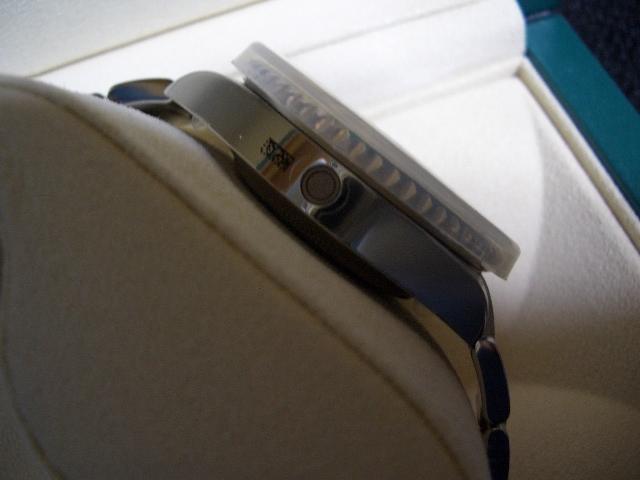 デッドストック 新品 未使用品 国内正規品 保護シール 鏡面ブレス ロレックス シードゥエラー 4000 Ref: 116600 付属品完備_画像4