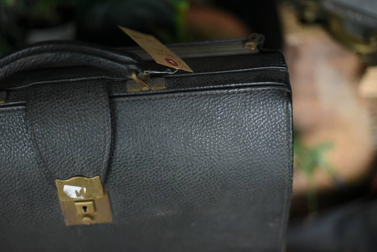 101342 ヴィンテージ バッグ ブリーフケース トランクケース 革鞄 カバン アンティーク ビンテージ 英国 スーツケース_画像3
