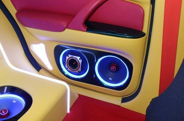 完全売り切り 愛知 込み込み ワンオフ Y33シーマ フルカスタム 社外ブレーキ オーディオ イベントcar 車検31年10月まで車検有り。_画像5