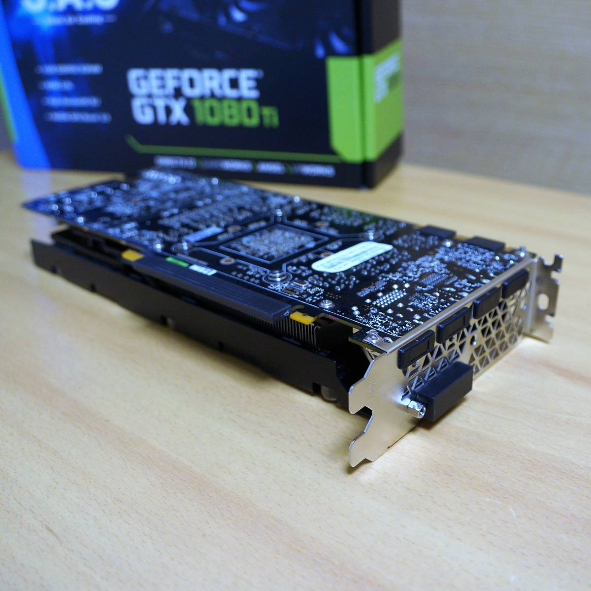 ELSA GeForce GTX 1080Ti 11GB S.A.C GD1080-11GERTS,中古美品、ゲームやマイニングに_画像2