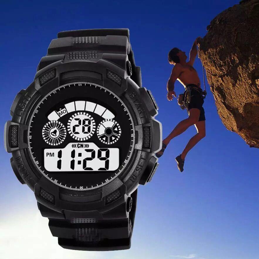 スポーツ腕時計 LEDライト デジタル 腕時計 ミリタリー 耐久性 スポーツ アウトドア ランニング アウトドア 男女兼用 ブラック シンプル_画像1