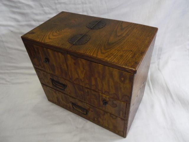 E33◇時代 裁縫箱 針箱◇小物入 小箪笥 小引き出し◇道具箱 和家具◇_画像3