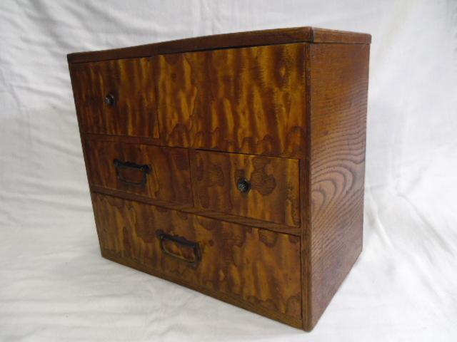 E33◇時代 裁縫箱 針箱◇小物入 小箪笥 小引き出し◇道具箱 和家具◇_画像2
