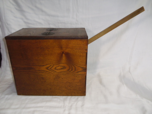 E33◇時代 裁縫箱 針箱◇小物入 小箪笥 小引き出し◇道具箱 和家具◇_画像7