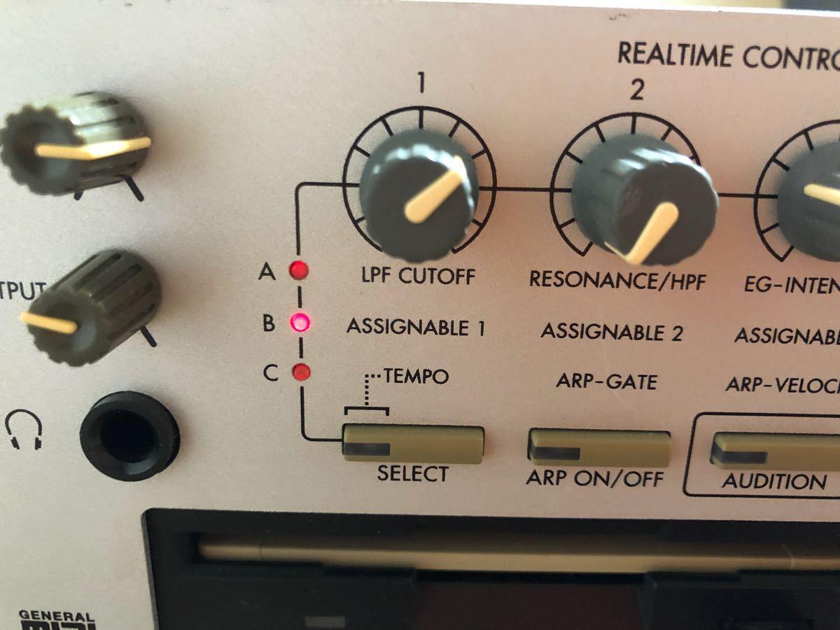 ■KORG TRITON Rack シンセサイザー サンプラー 2Uラック音源 コルグ トライトン【出音なし・ジャンク扱い】_画像6
