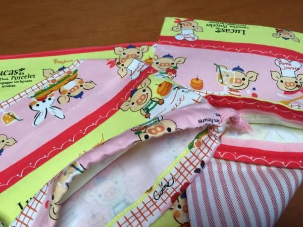 ●★ルーカスコブタ(桃)②★マット(裏)・弁当袋・巾着小 3点セット_画像2