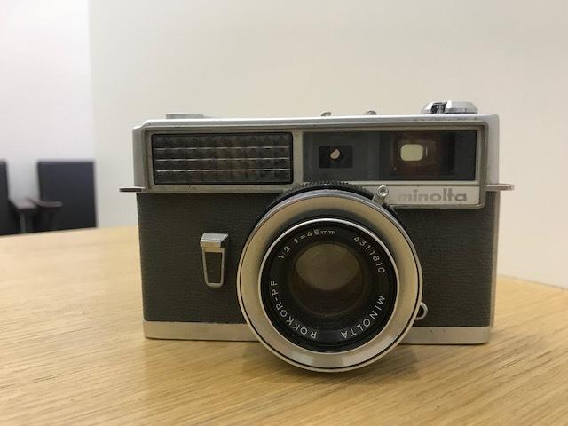 ★カメラまとめ★ Nikon F3 Zoom 1:3.5 minolta HI-MATIC Polaroid Pocket Canon EOS 10QD 300EZ FUJICA AF 1:2.8 フィルムカメラ ストロボ_画像2