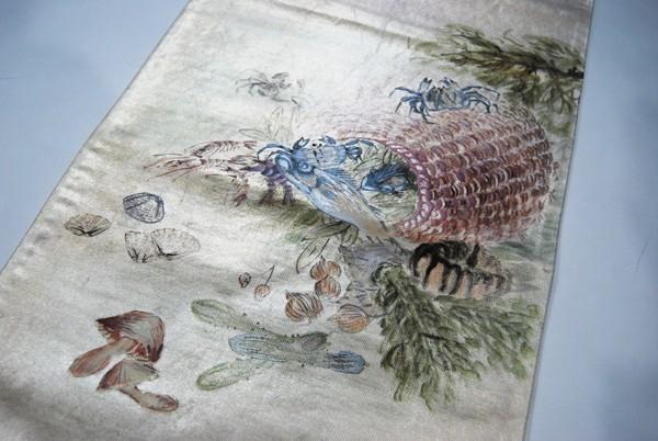 きものさらさ レアモチーフ!蟹・魚・魚籠・きのこ 野菜 袋帯 刺繍入 アンティーク リサイクル 正絹_画像6