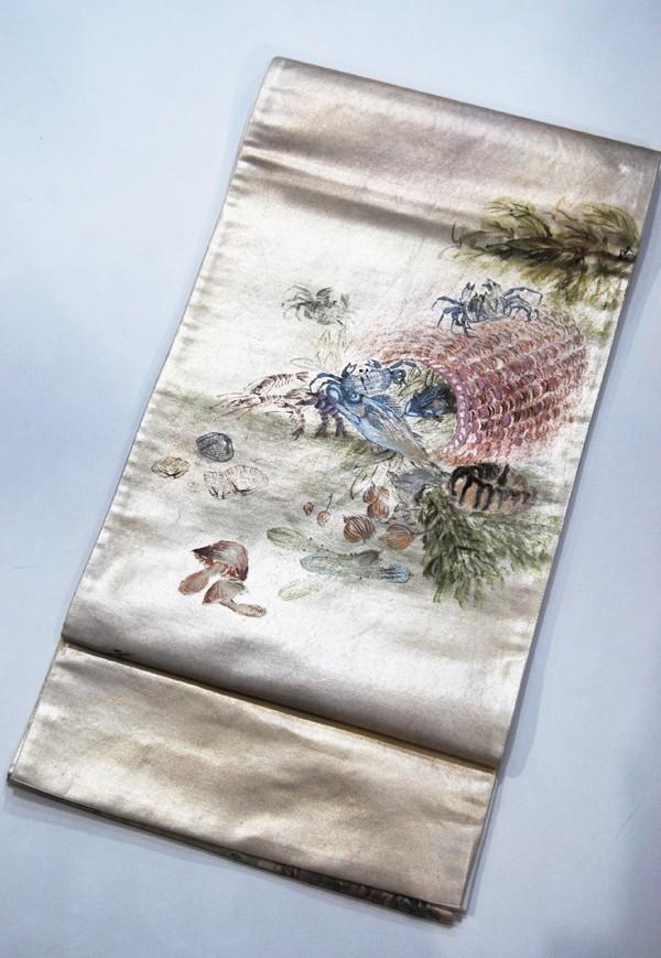 きものさらさ レアモチーフ!蟹・魚・魚籠・きのこ 野菜 袋帯 刺繍入 アンティーク リサイクル 正絹_画像5