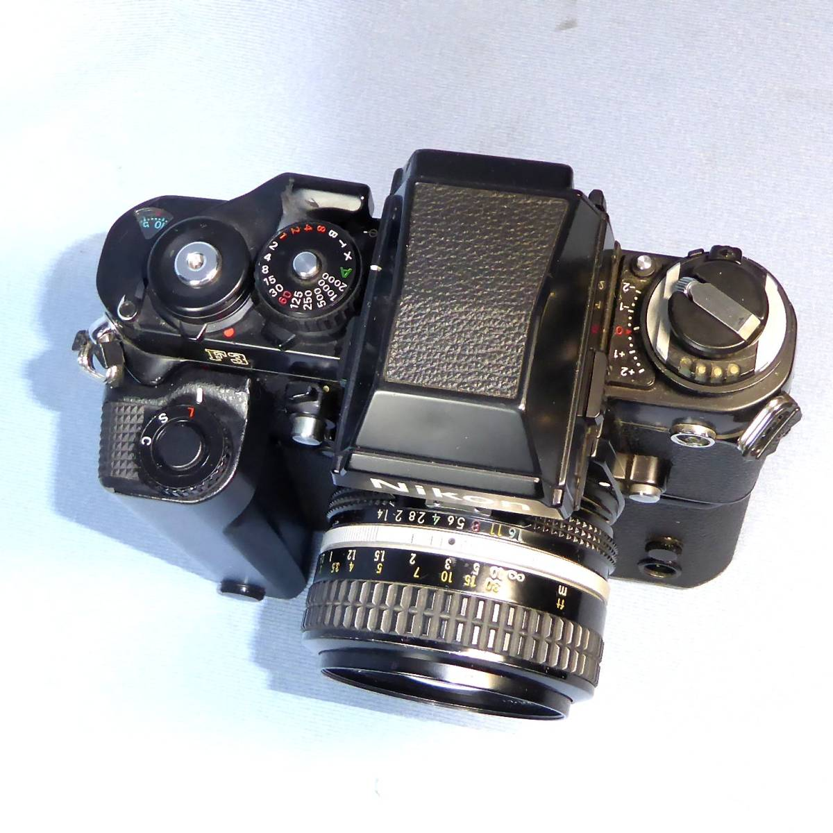 ★  綺麗  諸動作快調  ★   NIKON    F 3  HP   +   MD - 4   +   NIKKOR   50mm/F1.4   +  NIKON ストラップ _画像4