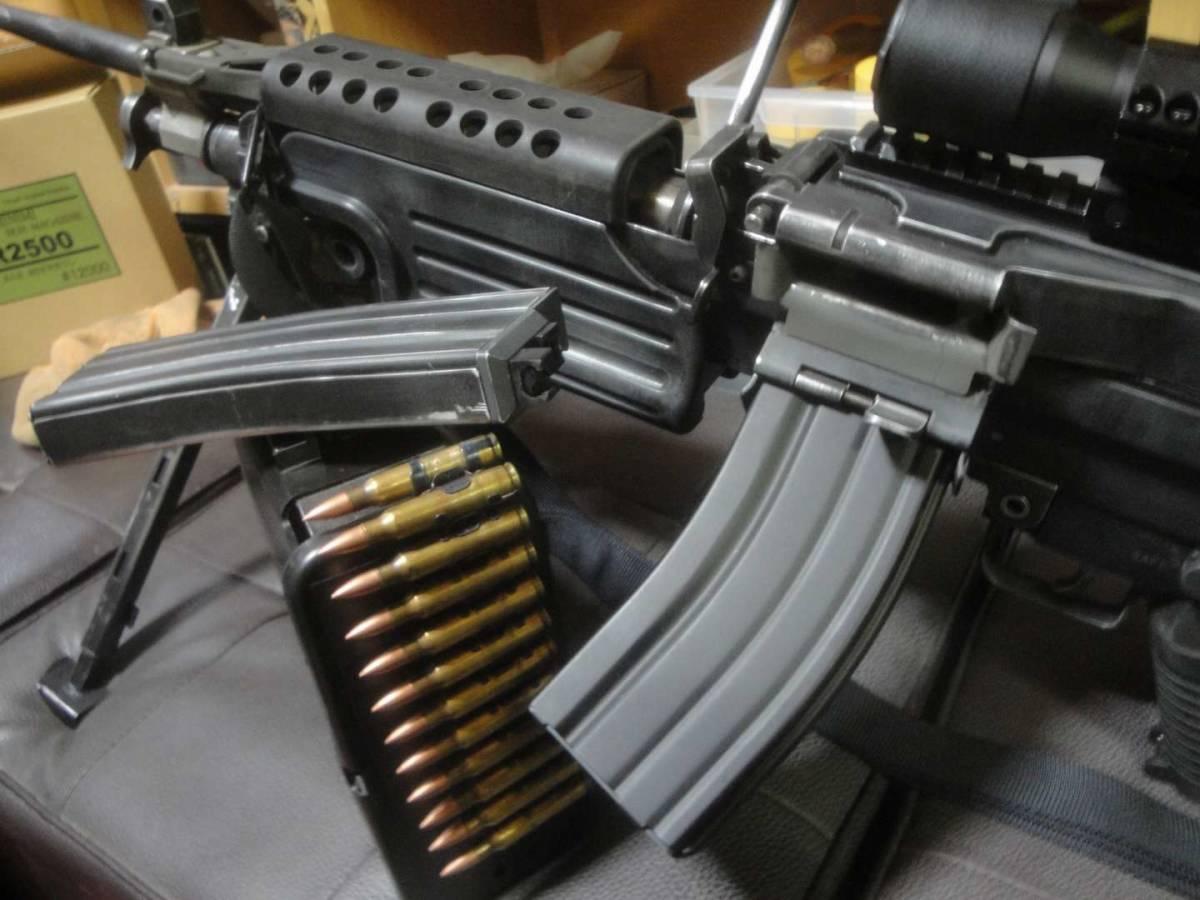ガスブロ ミニミ M249 絶版! 希少! Gカンパニー製 調整済み 動作快調 専用マガジン2本付き 上級者向き minimi_画像5
