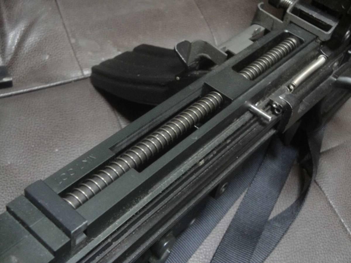 ガスブロ ミニミ M249 絶版! 希少! Gカンパニー製 調整済み 動作快調 専用マガジン2本付き 上級者向き minimi_画像2