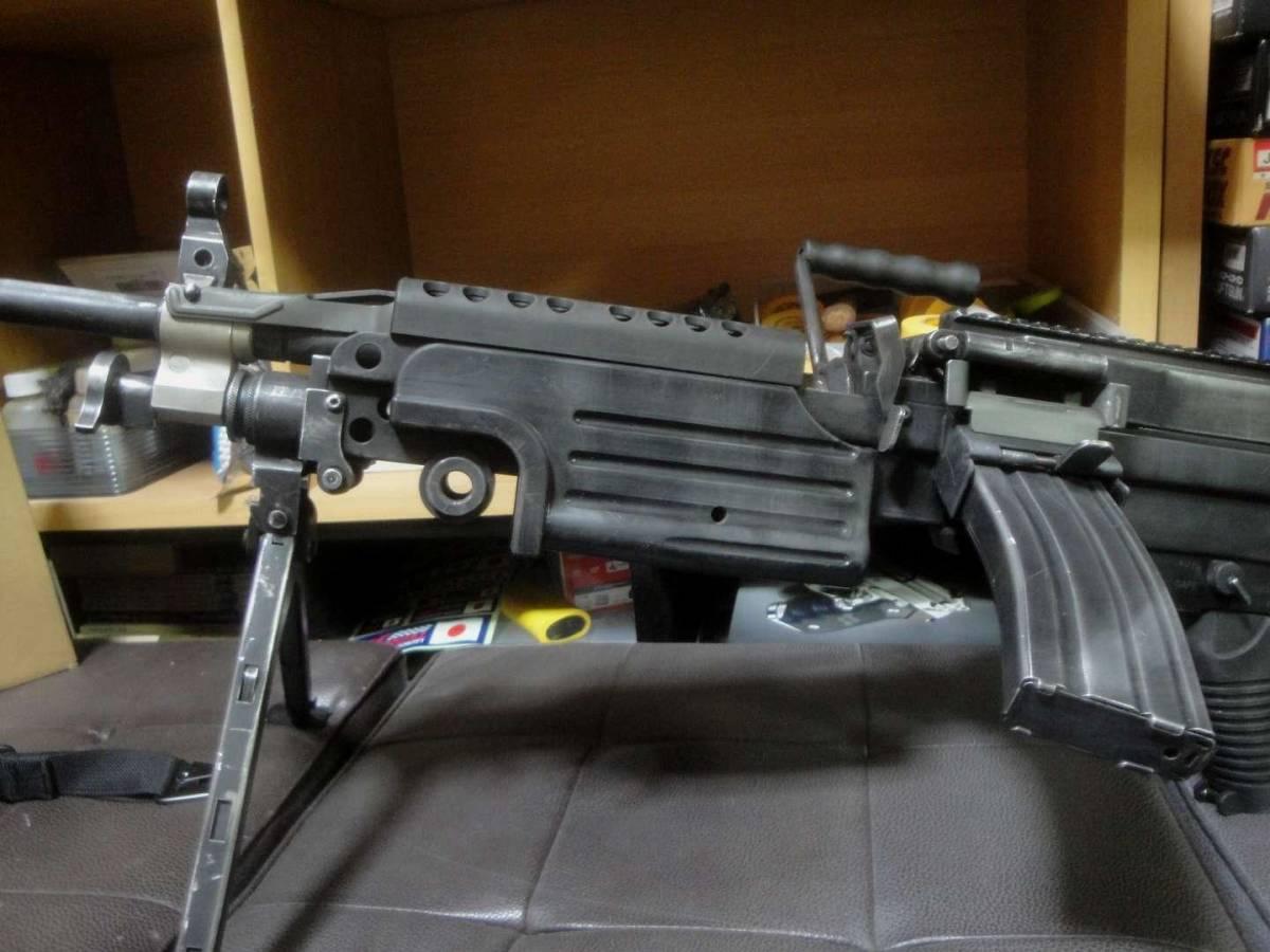 ガスブロ ミニミ M249 絶版! 希少! Gカンパニー製 調整済み 動作快調 専用マガジン2本付き 上級者向き minimi_画像9