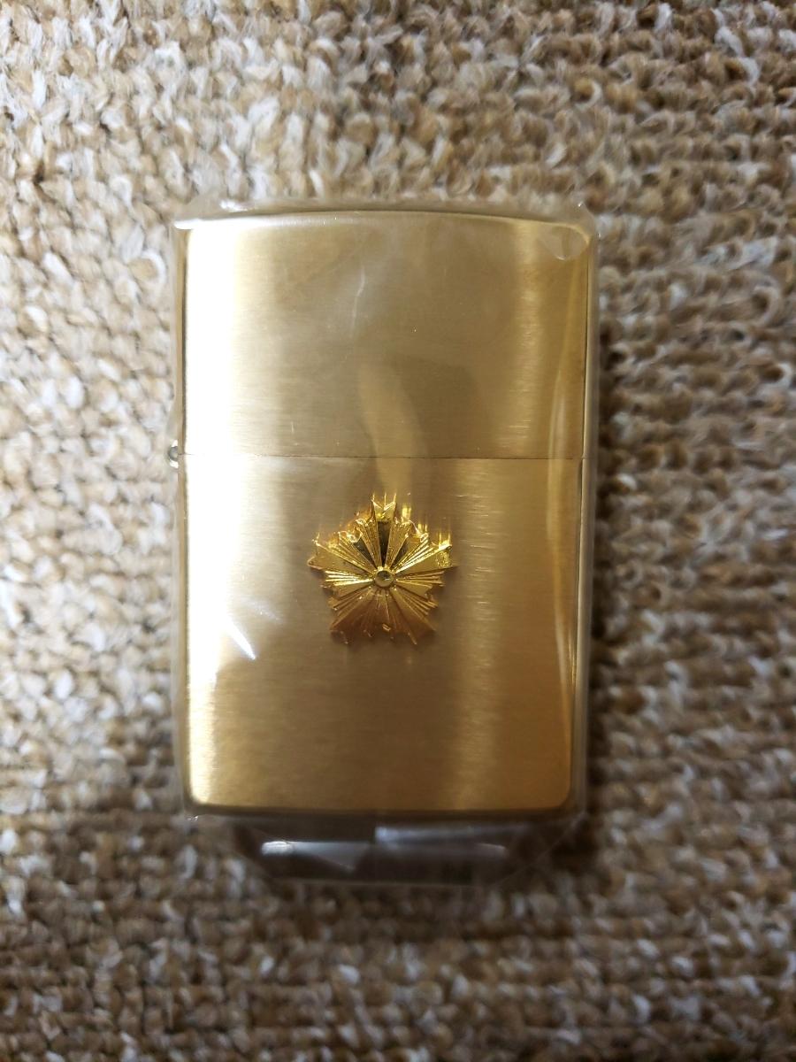 新品 警視庁 限定 ZIPPO ジッポー 未使用品 レア品 警察グッズ USA ゴールド 張り金_画像3
