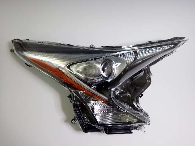 10【S.R】トヨタ プリウス ZVW50 純正 右 ヘッドライト LED KOITO 47-75 美品 香川発