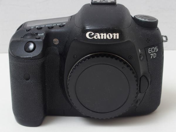 【送料無料】Canon デジタル一眼レフカメラ EOS 7D ボディ EOS7D キヤノン 中古 826_20