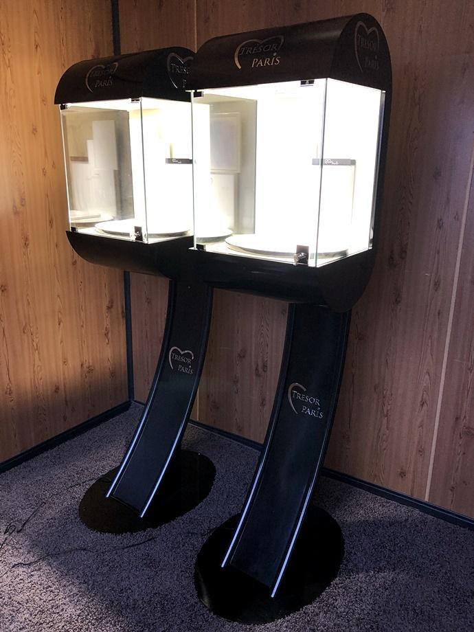 TRESOR PARIS 照明付き 高級 ショーケース 宝石 アクセサリー 時計 2点セット