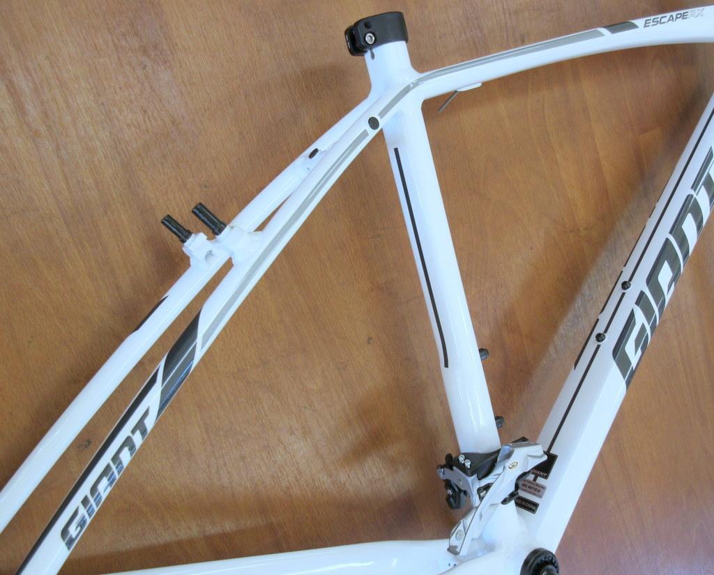 GIANT エスケープRX3 Sサイズ/ホワイト ほぼ新品 クロスバイク/アルミフレーム_画像5