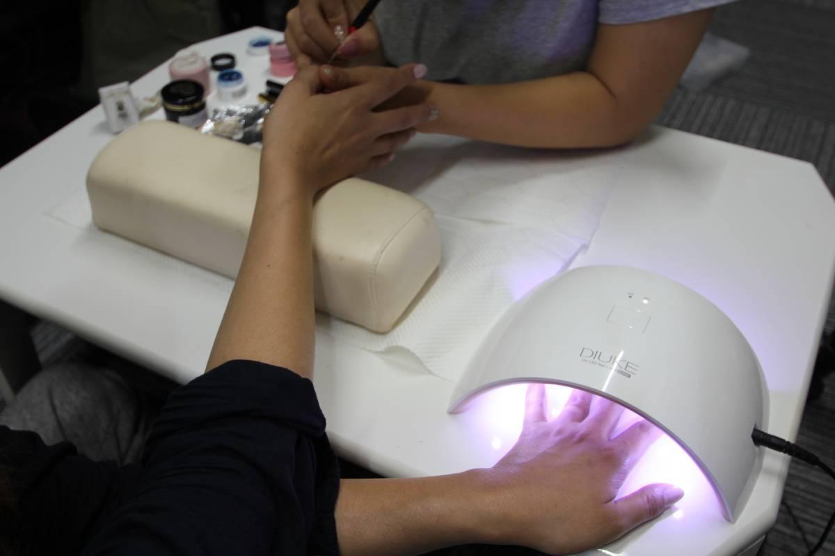 Pro рекомендация Professional UV LED Nail Lamp LED ногти осушитель * инфракрасные лучи обнаружение * таймер функция * новый товар потребляемая энергия 24w
