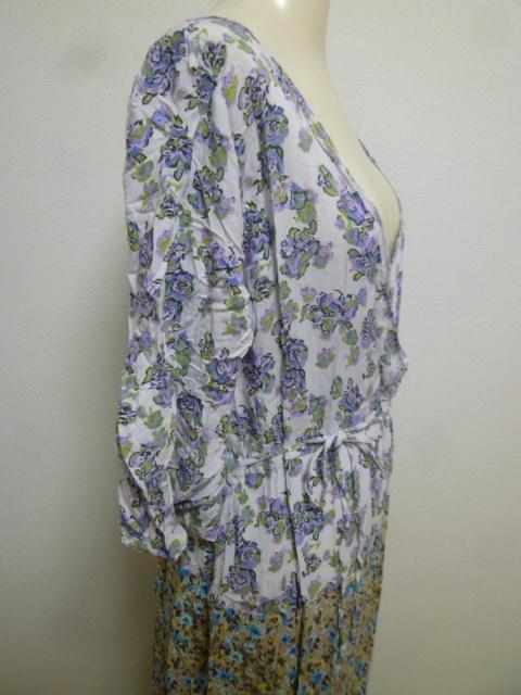 フェリシモ♪白×パープル系小花柄胸元カシュクールコットンロングワンピースL/マキシ丈リゾートにホワイト紫♪H77_画像4