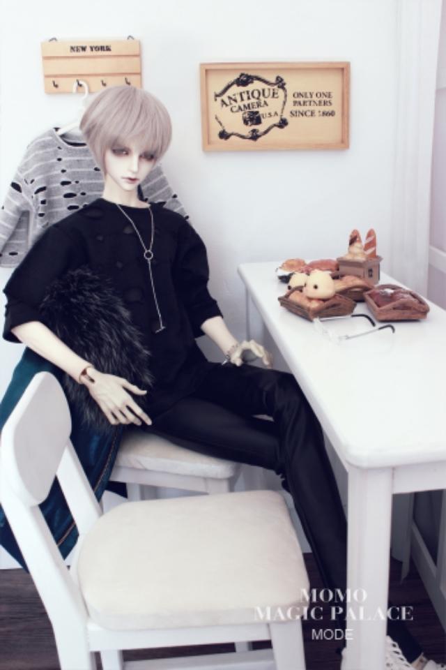 新品 BJD用家具セット 全4色 椅子と机 ドール用 doll 球体関節人形用 70cm/DD/SDサイズ通用 撮影 DY-003_画像1