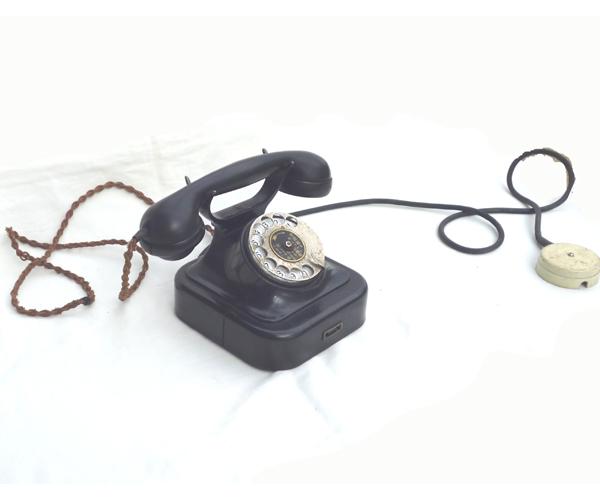 ● 通信道具 黒電話 < 電話機 > ダイヤル式電話  ジャンク ●_画像9