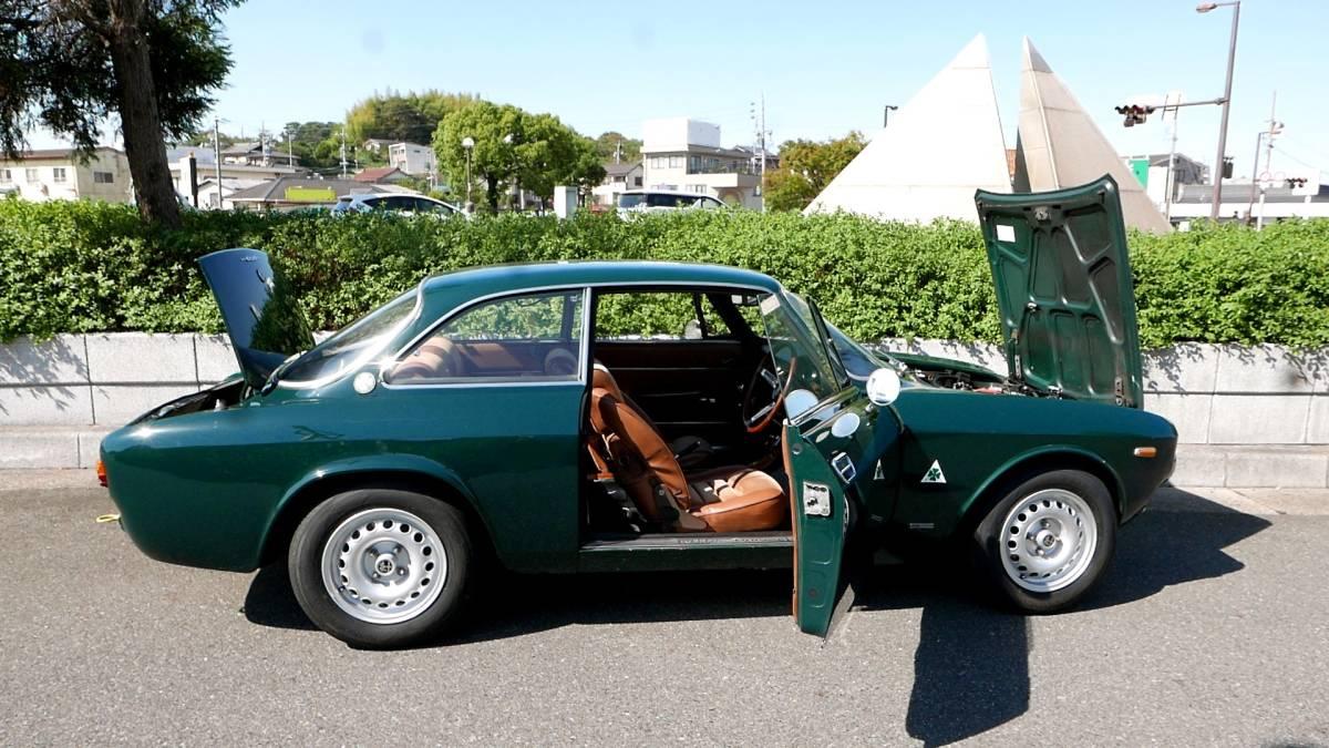 上物!絶好調!即乗り出しOK! アルファロメオ 1750GT Veloce クーラー付き! ジュリア 1969年式 車検満タン!_画像2