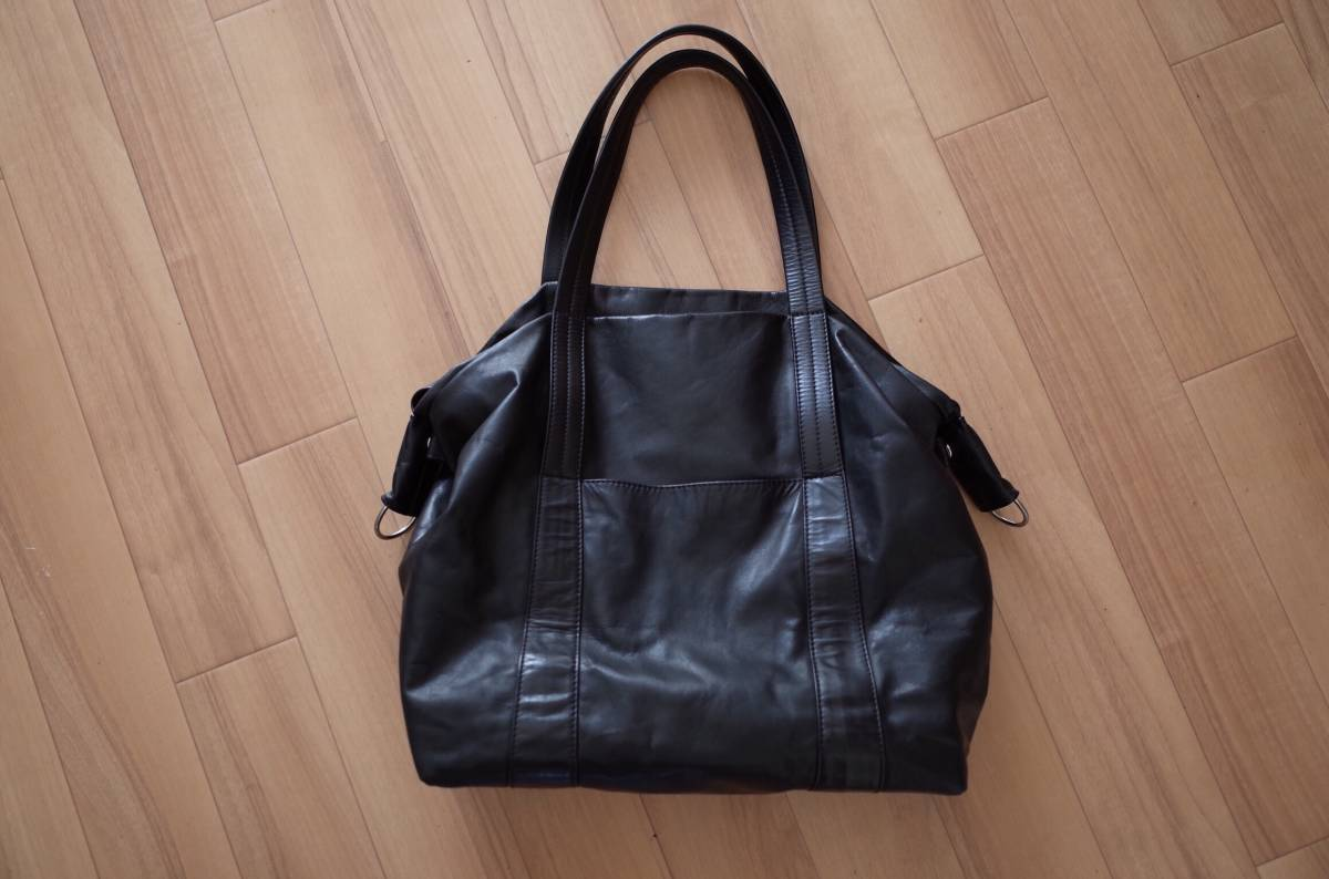 f4ac00c8e915d 1000 start! beautiful goods maison martin margiela leather sailor bag black  Margiela 11 tote bag