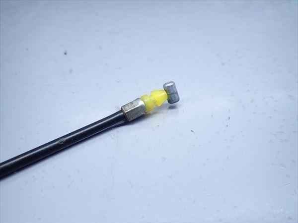 β0925 スズキ ストリートマジック TR50 (H9年式) 純正 シートロックワイヤー ケーブル ほつれ無し 長さ約20cm_画像4