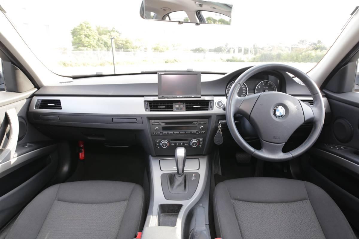 【超低走行・屋根保管・禁煙】艶々ボディ・コンディション良好!BMW 320i H19年式/D認定中古車/右H/ボディコーティング/HID/ナビ_画像4