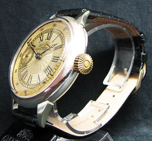下取&値引き交渉あり オメガ懐中時計のムーブメント使用 カスタム腕時計 オリジナル銀無垢ケース 金ギョーシェ文字盤Ⅱ_画像1