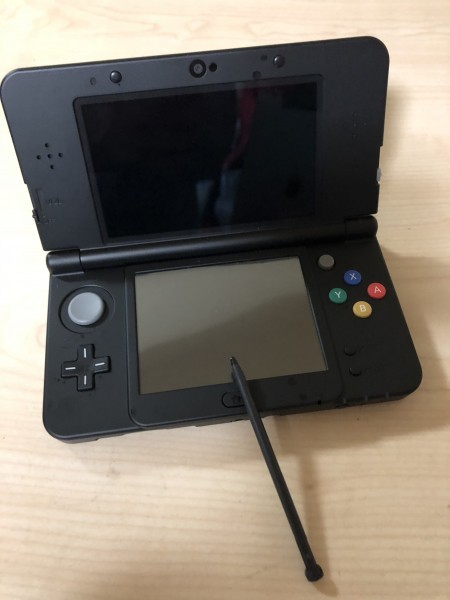 美品 Nintendo ニンテンドー 3DS 黒 ブラック ゲーム機