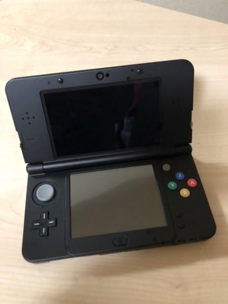 美品 Nintendo ニンテンドー 3DS 黒 ブラック ゲーム機_画像2