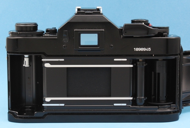 美品 Canon A-1 New FD 50mm 1:1.4 シャッター鳴きなし 露出計作動確認済み ファインダー・レンズきれい キヤノン ジャンクで_画像10