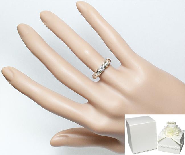 綺麗 上質☆ダイヤ 0.214ct 0.04ct K18WG リング 指輪 婚約 0.2ct 一粒 8.5号♪鑑別書付_画像3