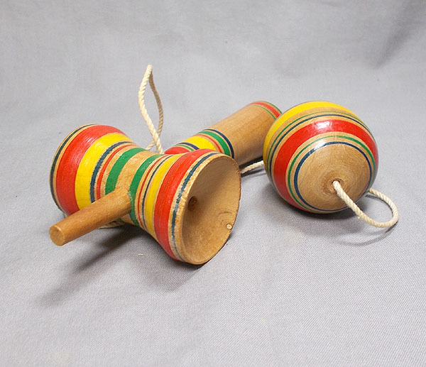 昭和レトロ【古いけん玉 木製】木工 玩具 古民具 _画像4