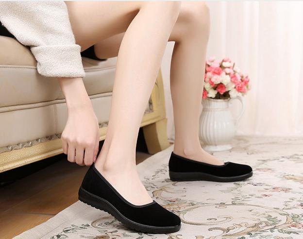 【新品】23cm パンプス コンフォート カンフー フラットシューズ べた靴 黒 ブラック 柔らかい 素材 軽量 歩きやすい_画像9