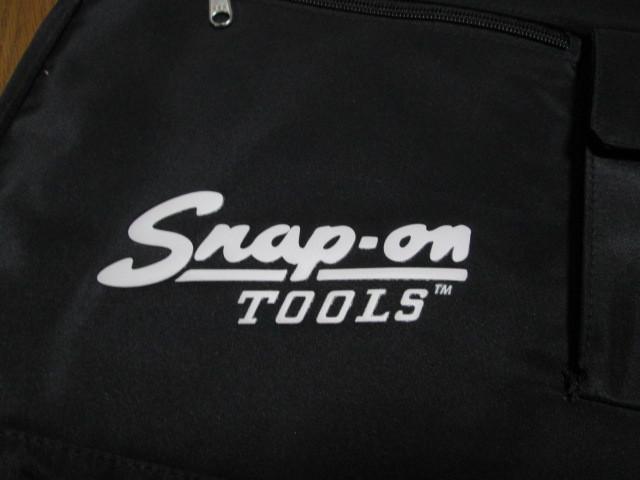 新品未使用 スナップオン SNAP-ON 限定品 トート バッグ バック 肩から掛けられる長さのベルトbag 旧ロゴ_画像6