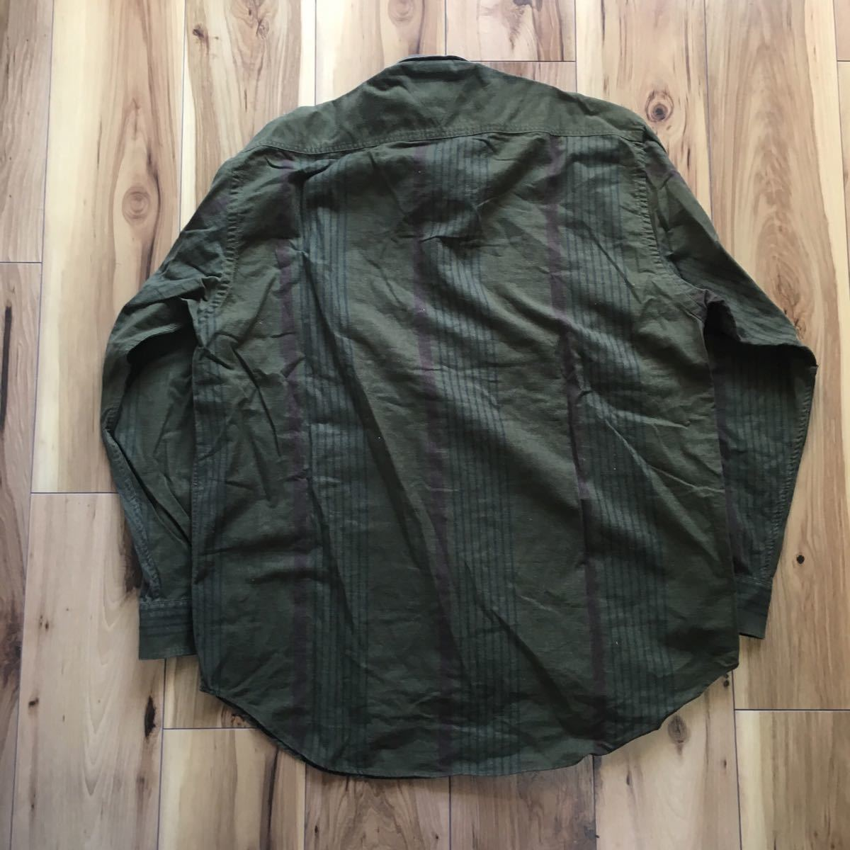 90s TOMMY HILFIGER 長袖シャツ メンズ 実寸 XL程度 カーキ トミーヒルフィガー BDシャツ ヴィンテージ ビンテージ 古着 ビッグサイズ B316_画像3
