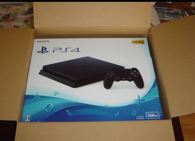 ☆新品PS4本体♪納品書付♪PlayStation4 ジェット・ブラック 500GB☆'18年7月現行最新薄型モデル9月購入☆CUH-2200AB01☆おてがる発送可♪