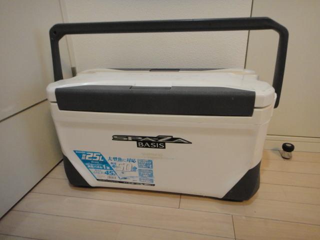 シマノ クーラーボックス スペーザベイシス250 25リットルクーラー 傷や汚れが多いためジャンク扱い