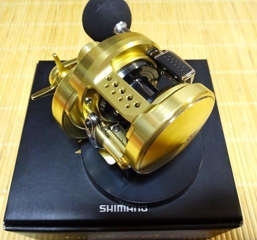 【中古 美品】シマノ 15オシアコンクエスト 200HG 右ハンドル_画像2