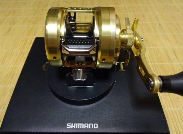 【中古 美品】シマノ 15オシアコンクエスト 300HG 右ハンドル_画像5