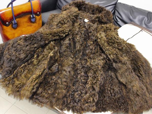新品同 エルメス HERMES 究極のケリーコレクション最高級仔羊毛皮カーリーラムムートンコート ジャケット ブルゾン 収納バッグ付 本物 正規_画像6